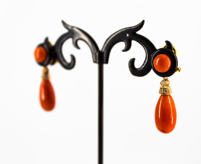 Mediterranean Red Coral 0.18 Carat White Diamond Onyx Yellow Gold Drop Earrings For Sale 5