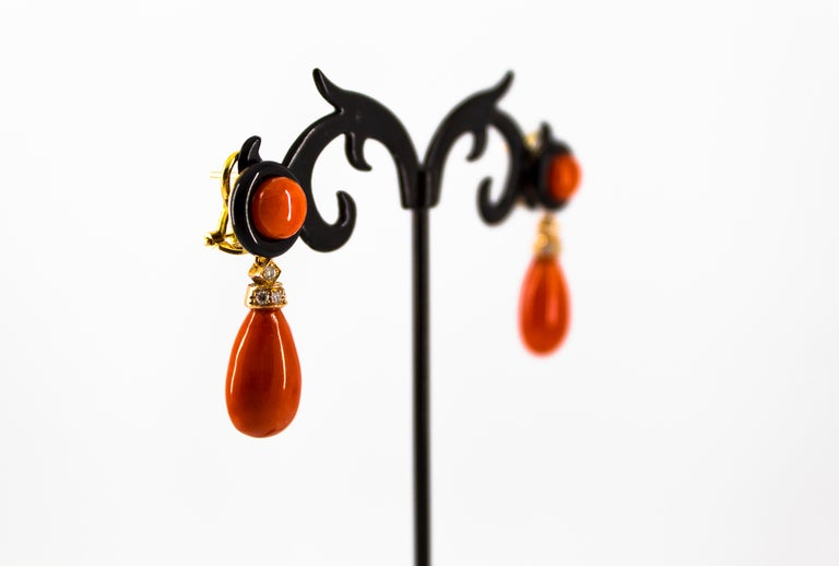Mediterranean Red Coral 0.18 Carat White Diamond Onyx Yellow Gold Drop Earrings For Sale 3