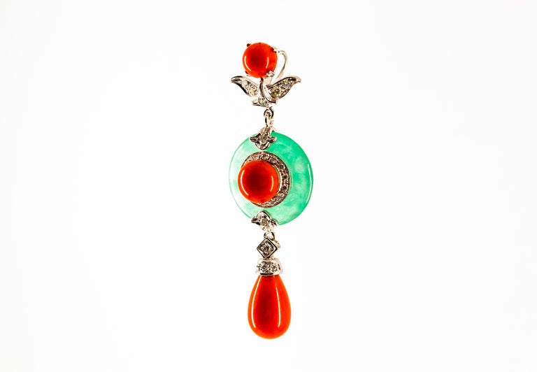 Mediterranean Red Coral 0.32 Carat White Diamond Jade White Gold Pendant For Sale 1