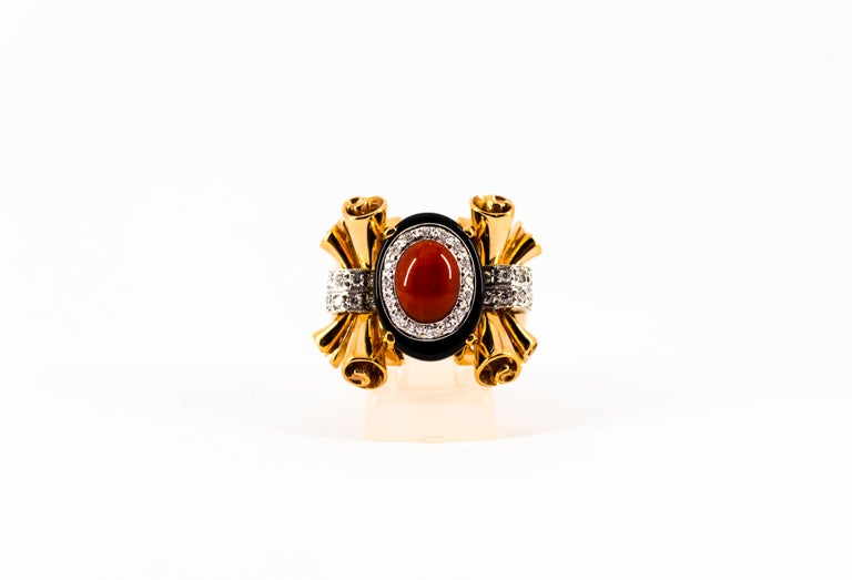 Mediterranean Red Coral 0.47 Carat White Diamond Onyx Yellow Gold Cocktail Ring For Sale 5