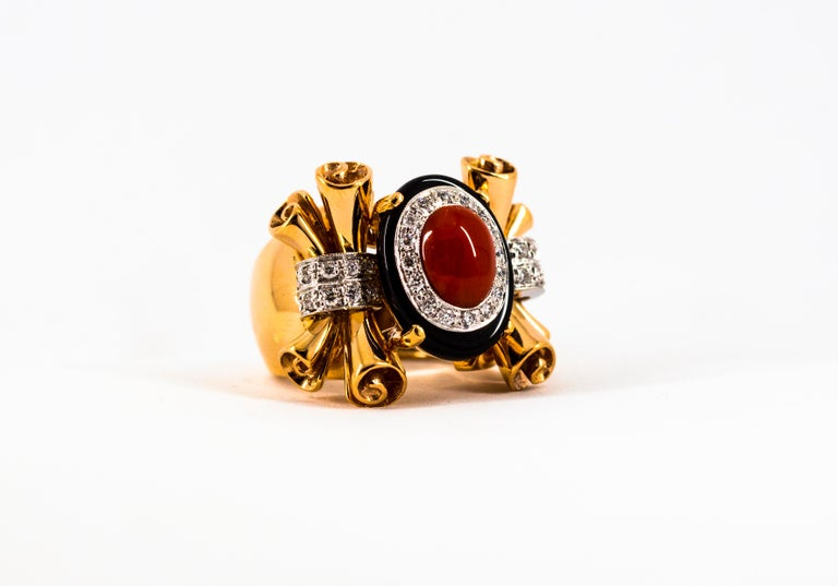 Mediterranean Red Coral 0.47 Carat White Diamond Onyx Yellow Gold Cocktail Ring For Sale 11