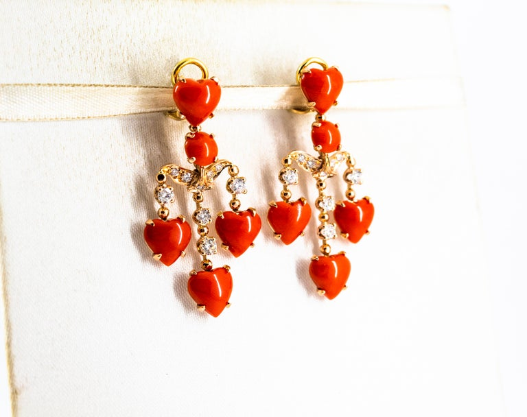 Women's or Men's Mediterranean Red Coral 0.90 Carat White Diamond Yellow Gold Clip-On Earrings For Sale