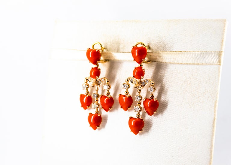Mediterranean Red Coral 0.90 Carat White Diamond Yellow Gold Clip-On Earrings For Sale 4