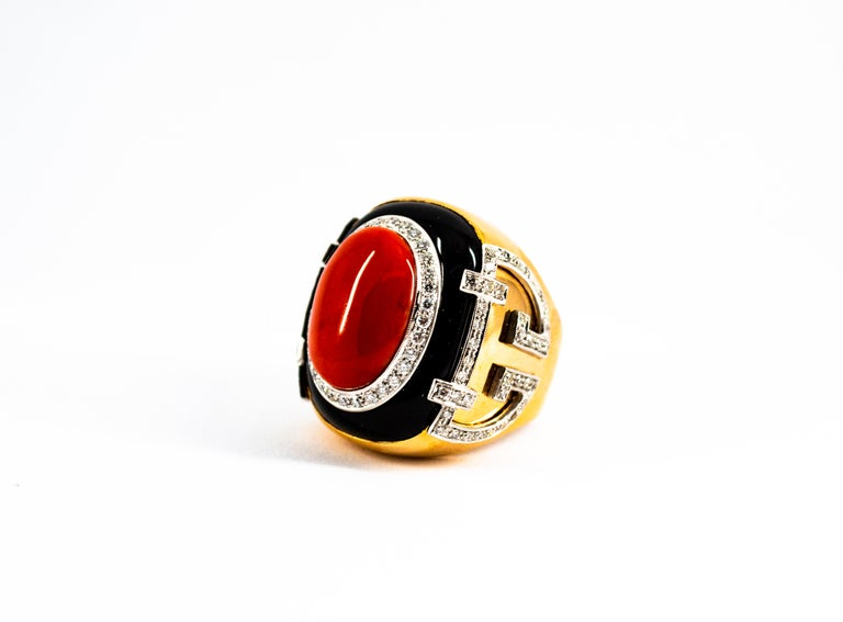 Mediterranean Red Coral 1.00 Carat White Diamond Onyx Yellow Gold Cocktail Ring For Sale 5