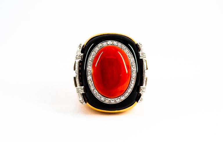 Mediterranean Red Coral 1.00 Carat White Diamond Onyx Yellow Gold Cocktail Ring For Sale 3