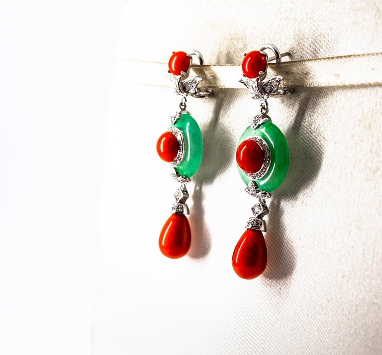 Mediterranean Red Coral Jade 0.65 Carat White Diamond White Gold Drop Earrings In New Condition For Sale In Naples, IT