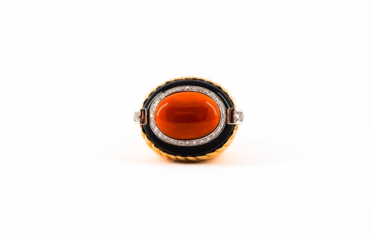 Mediterranean Red Coral Onyx 0.40 Carat White Diamond Yellow Gold Cocktail Ring For Sale 6