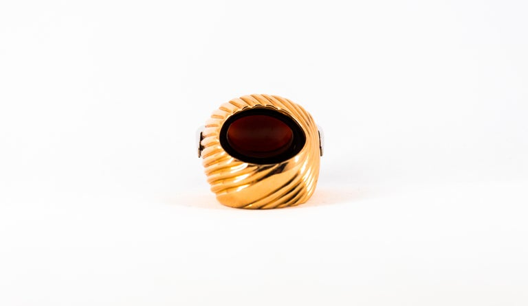 Mediterranean Red Coral Onyx 0.40 Carat White Diamond Yellow Gold Cocktail Ring For Sale 9