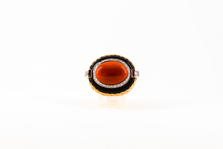 Mediterranean Red Coral Onyx 0.40 Carat White Diamond Yellow Gold Cocktail Ring For Sale 4