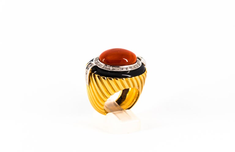 Mediterranean Red Coral Onyx 0.50 Carat White Diamond Yellow Gold Cocktail Ring For Sale 5