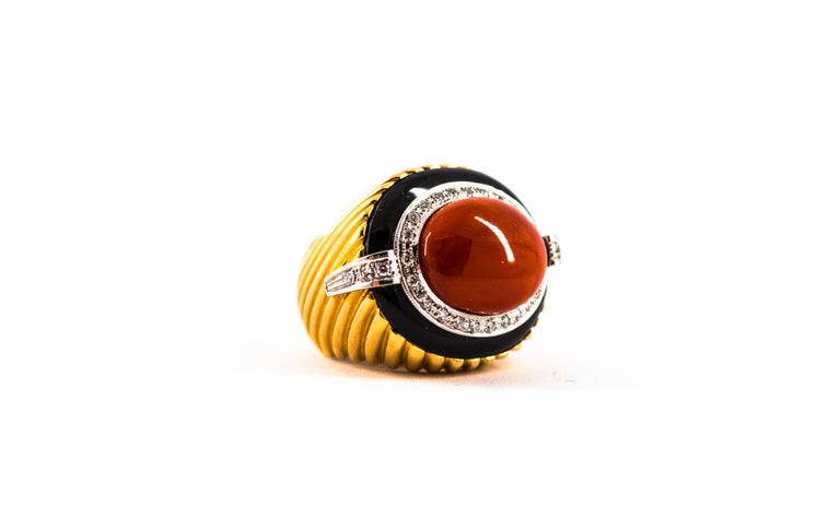 Mediterranean Red Coral Onyx 0.50 Carat White Diamond Yellow Gold Cocktail Ring For Sale 12