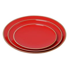 Medium Coral Red Glazed Porcelain Hermit Plate with Rustic Rim