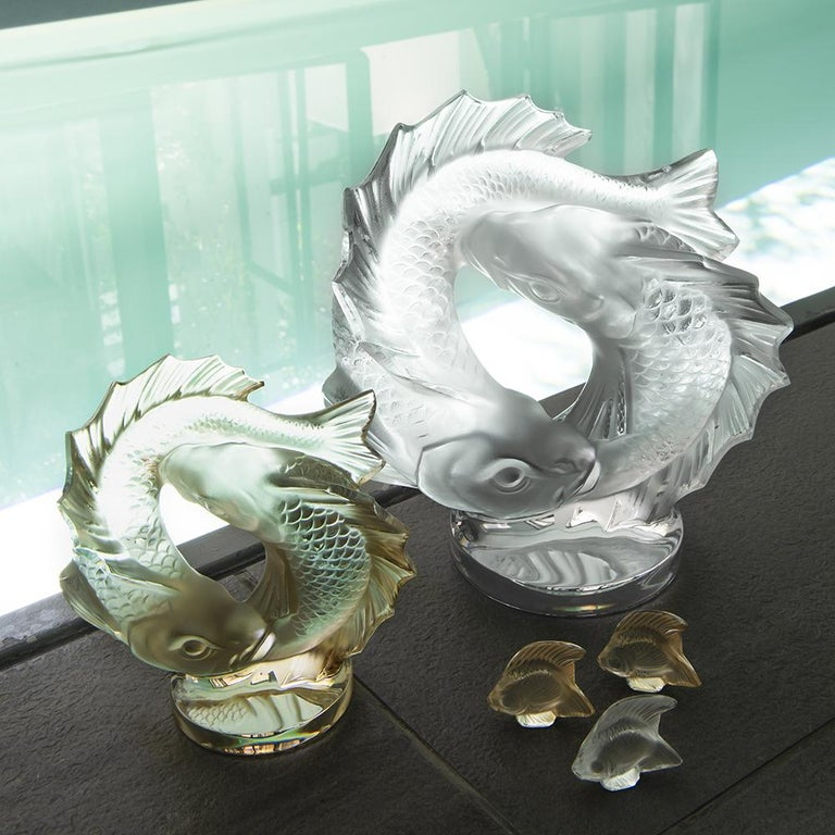 Molded Medium Double Fish Sculpture in Crystal Glass by Lalique For Sale