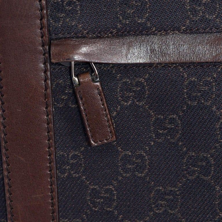 Women's or Men's Medium Gucci Brown Monogram Canvas & Leather Tote Bag Handbag  For Sale