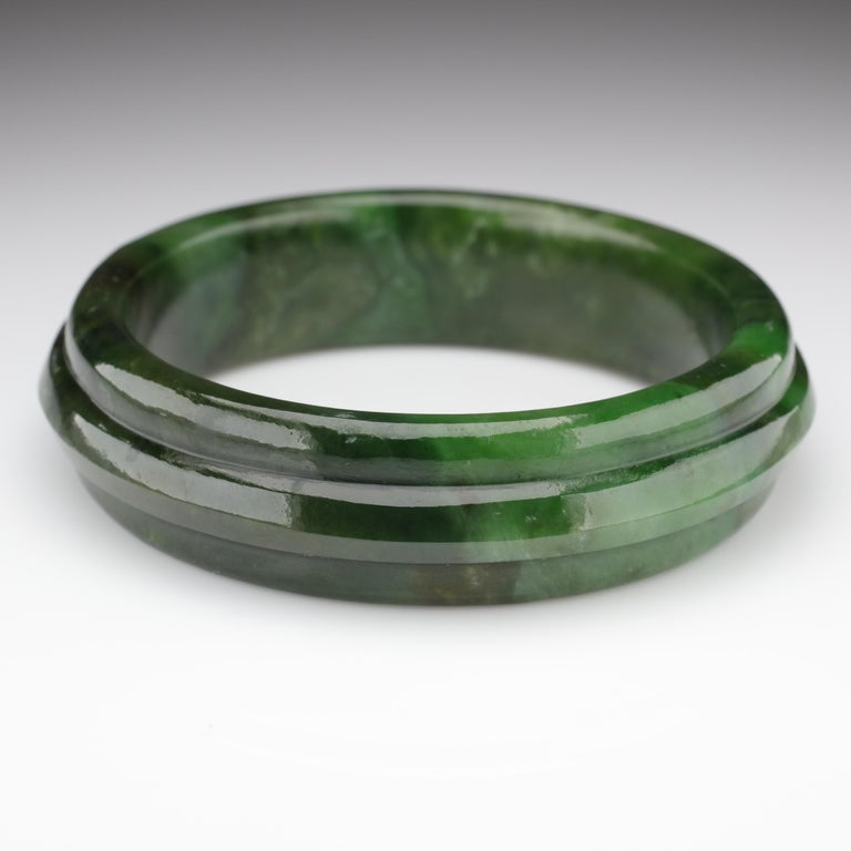 Jade Bangle Medium-Large Wyoming Nephrite Jade In Excellent Condition For Sale In Southbury, CT