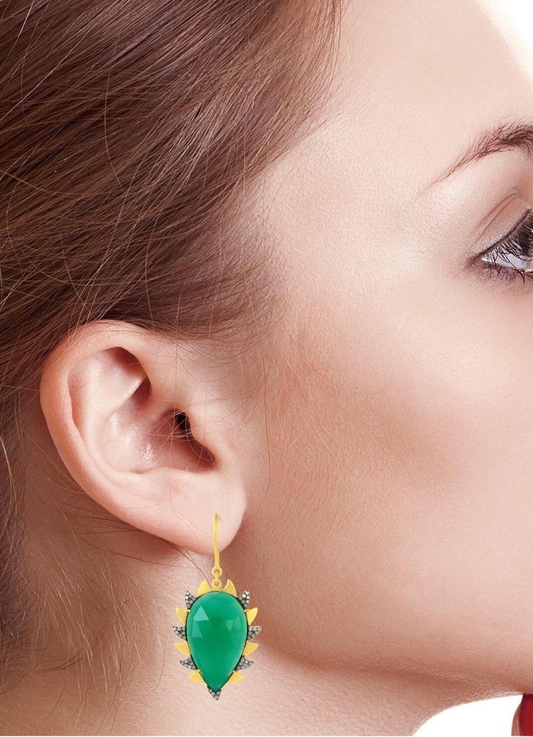 Contemporary Meghna Jewels Claw Drop Earrings Green Onyx and Alt Diamonds For Sale