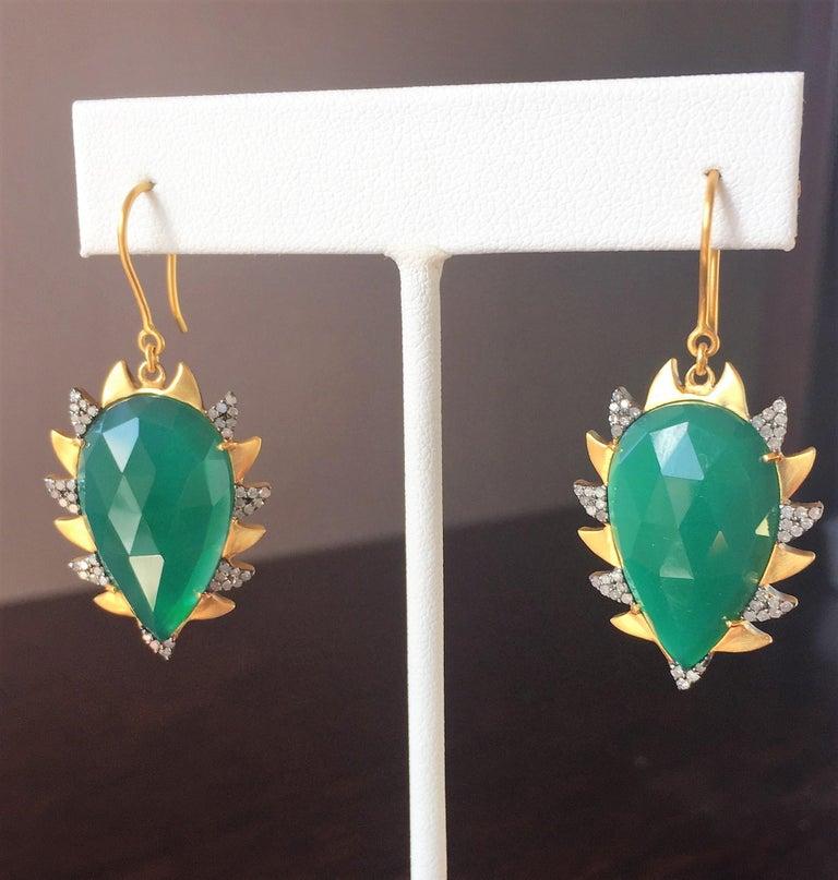 Pear Cut Meghna Jewels Claw Drop Earrings Green Onyx and Alt Diamonds For Sale
