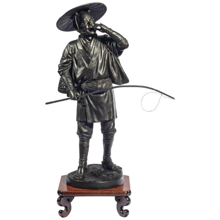 Meiji Period Bronze of a Cricket Catcher For Sale