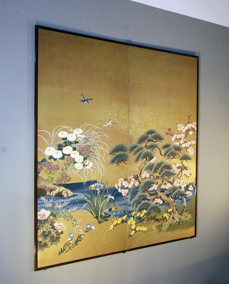 Meiji Period Japanese Two Panel Screen Painted on Rice Paper with Gold Grains For Sale 3