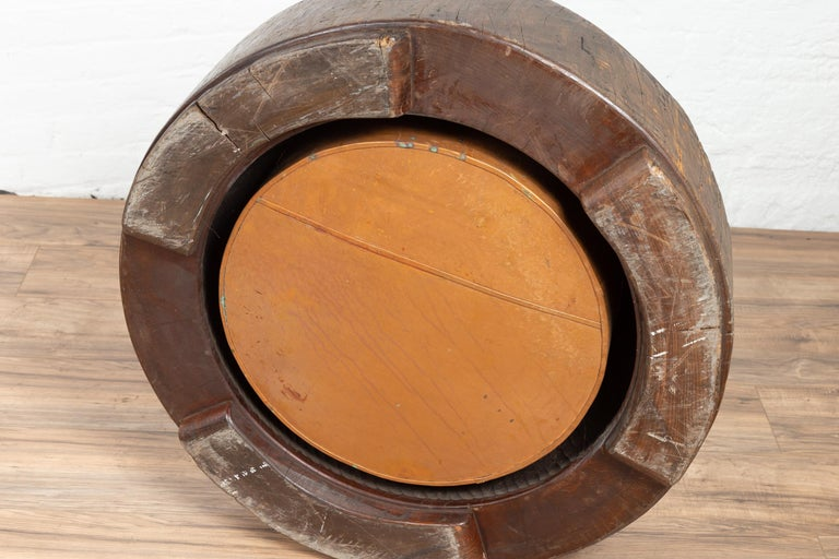 Meiji Period Japanese Wood Root Round Hibachi with Brown Patina, circa 1900 For Sale 5