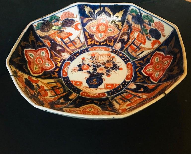 Meiji Period Large Japanese Imari Bowl Centerpiece For Sale 4