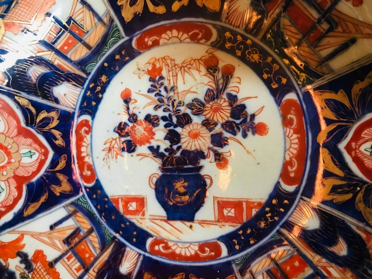 Hand-Painted Meiji Period Large Japanese Imari Bowl Centerpiece For Sale