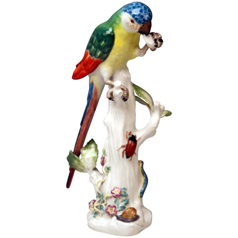 Meissen Animal Figurine Parrot with Cockchafer Model 20x Kaendler made 1956 For Sale