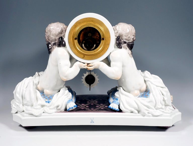 Porcelain Meissen Art Deco Mantle Clock with Two Putti by Paul Scheurich, 1920-1924 For Sale