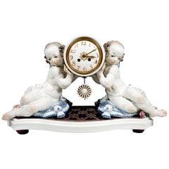 Meissen Art Deco Mantle Clock with Two Putti by Paul Scheurich, 1920-1924
