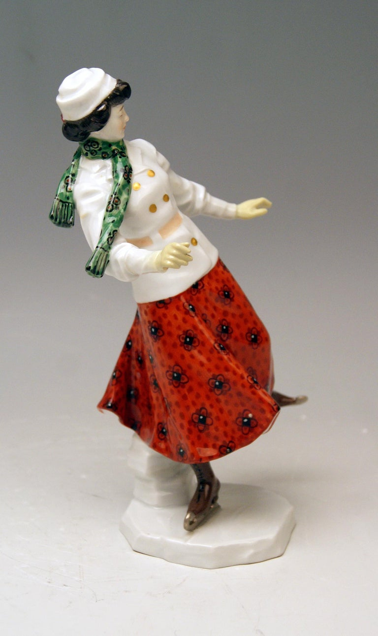 Meissen Art Nouveau Lady Ice Skating Model Z 194 by Alfred Koenig, circa 1912 In Excellent Condition For Sale In Vienna, AT