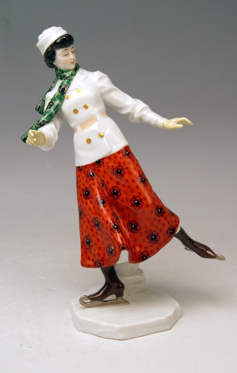 Early 20th Century Meissen Art Nouveau Lady Ice Skating Model Z 194 by Alfred Koenig, circa 1912 For Sale
