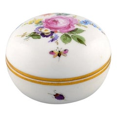 Meissen Bomboniere in Hand Painted Porcelain with Floral Motifs, 20th Century