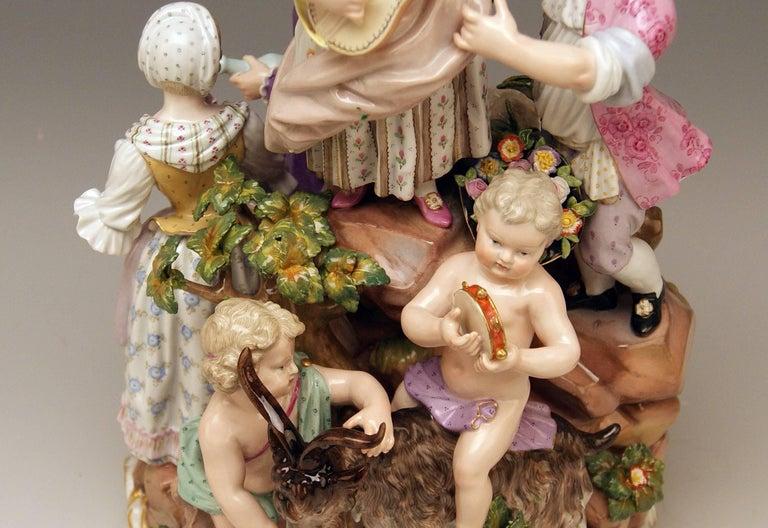 Late 19th Century Meissen Bucolic Festival Figurines Cherubs Couple Musicians Acier, C 59, 1870 For Sale