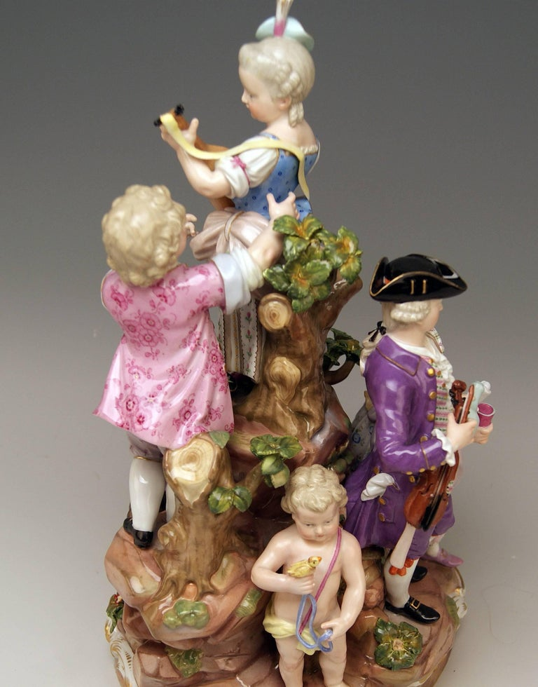 Porcelain Meissen Bucolic Festival Figurines Cherubs Couple Musicians Acier, C 59, 1870 For Sale