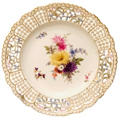 Meissen Cabinet Plate Painted with a Beautiful Bouquet and Raised Forget Me Nots