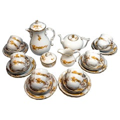 Meissen Coffee and Tee Set with Dessert Plates 12 People Rich Dragon, Yellow