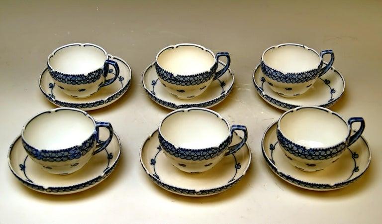 Meissen Coffee Set Decor Blue Panicle Blaue Rispe Richard Riemerschmid In Excellent Condition For Sale In Vienna, AT