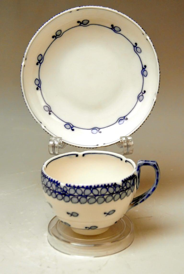 Porcelain Meissen Coffee Set Decor Blue Panicle Blaue Rispe Richard Riemerschmid For Sale
