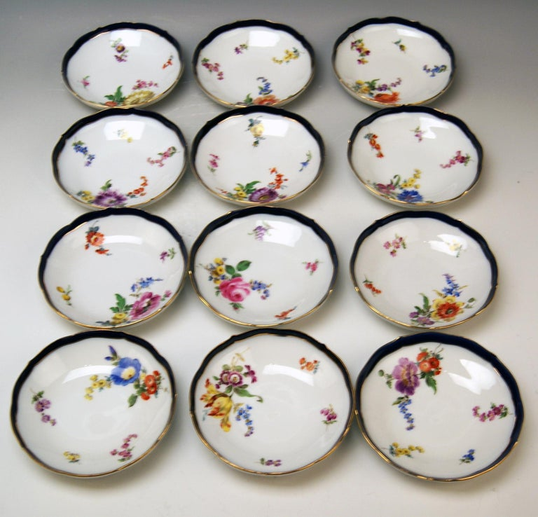 20th Century Meissen Coffee Set Bouquet Nr. 051110 12 Persons Pfeiffer Period 1924-1934 For Sale