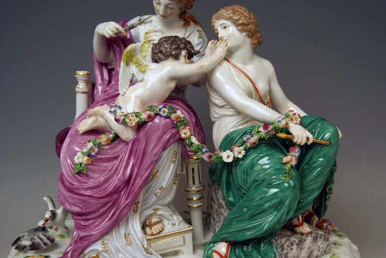 Mid-19th Century Meissen Figurines Cupid Being in Dire Straits J 82 by Juechtzer Made, circa 1860 For Sale