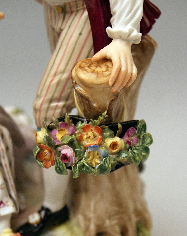 Meissen Gardener Couple with Tambourine by Acier Model D 86 made circa 1870 In Good Condition In Vienna, AT