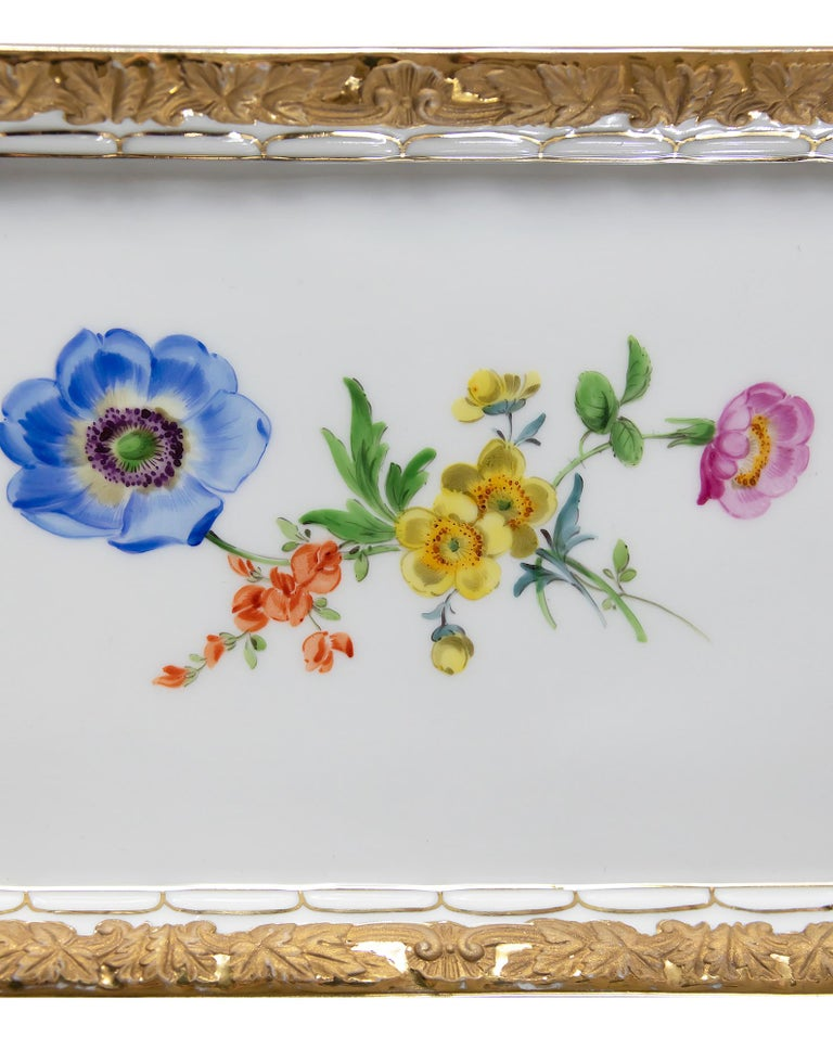 Meissen Hand Painted Gilded Porcelain Plate/Tray In Good Condition For Sale In Vilnius, LT