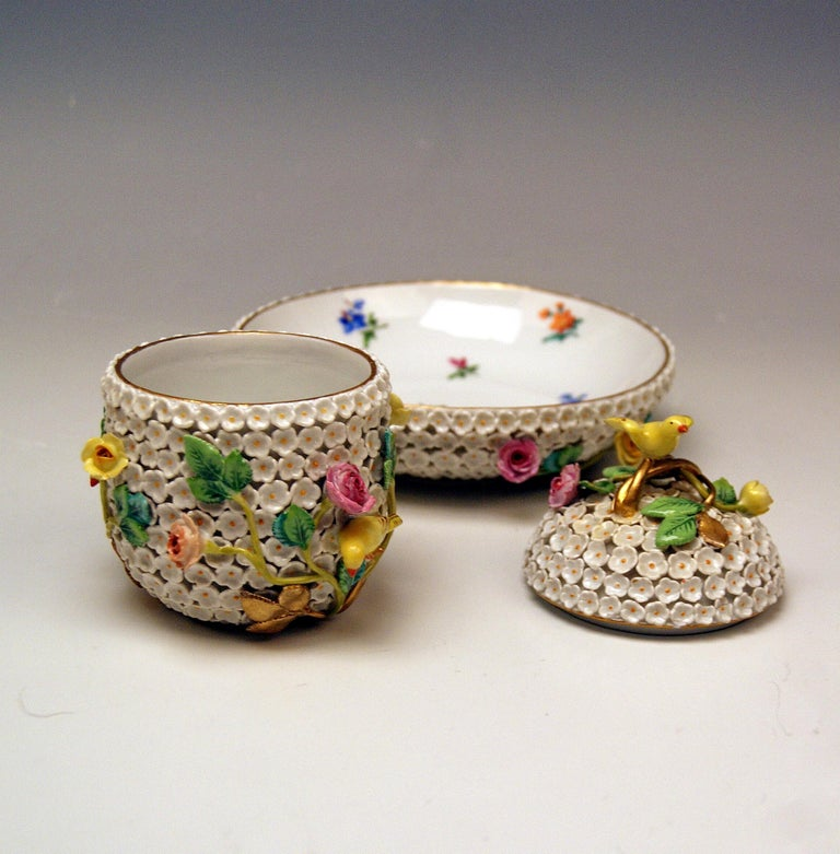 Meissen Lidded Cup Saucer Snowball Pattern Canaries Rose Flowers 2