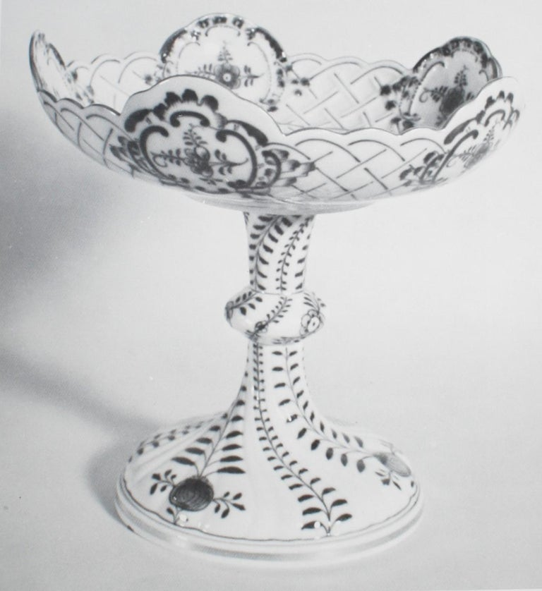 Meissen, Organized by the Lowe Art Museum, University of Miami 1977, 1st Ed In Good Condition For Sale In Kinderhook, NY