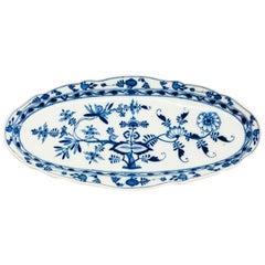Meissen Oval Platter of Wide in Onion Pattern, 19th Century