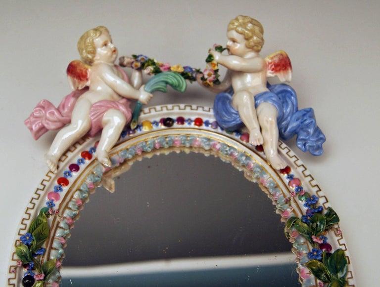 German Meissen Oval Wall Mirror Pair of Cherubs, Vintage, circa 1850 For Sale