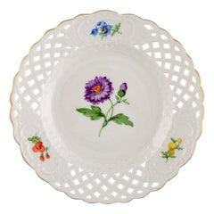 Meissen Plate in Openwork Porcelain with Hand Painted Flowers, 20th Century