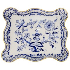 Meissen Porcelain Blue Onion Pattern Square Serving Plate Platter with Gold Rim