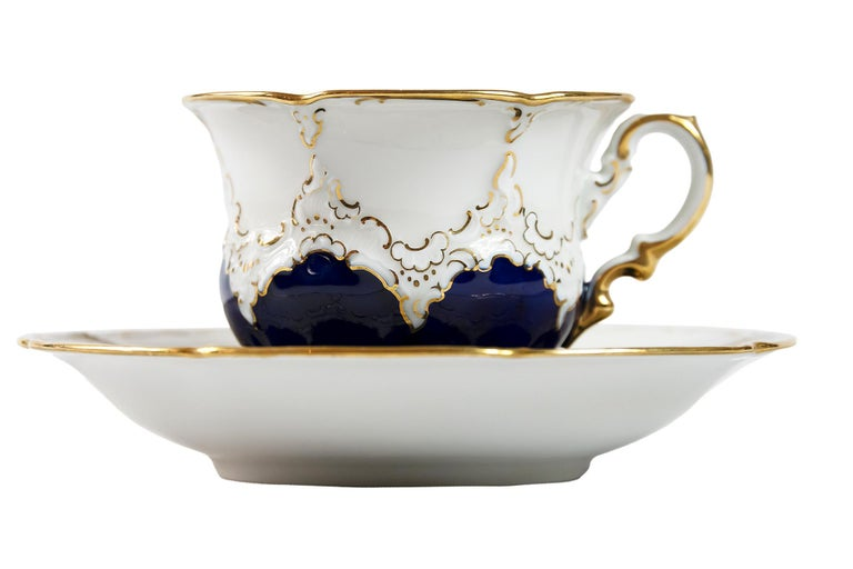 German Meissen Porcelain Coffee Cup with Saucer For Sale