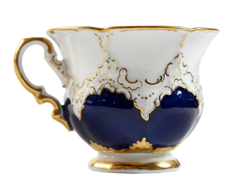 Meissen Porcelain Coffee Cup with Saucer In Excellent Condition For Sale In Vilnius, LT